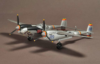 "USAAF P-38J Lightning 475th FG, ""Putt Putt Maru"", Mac McDonald , 1:72, War Master"